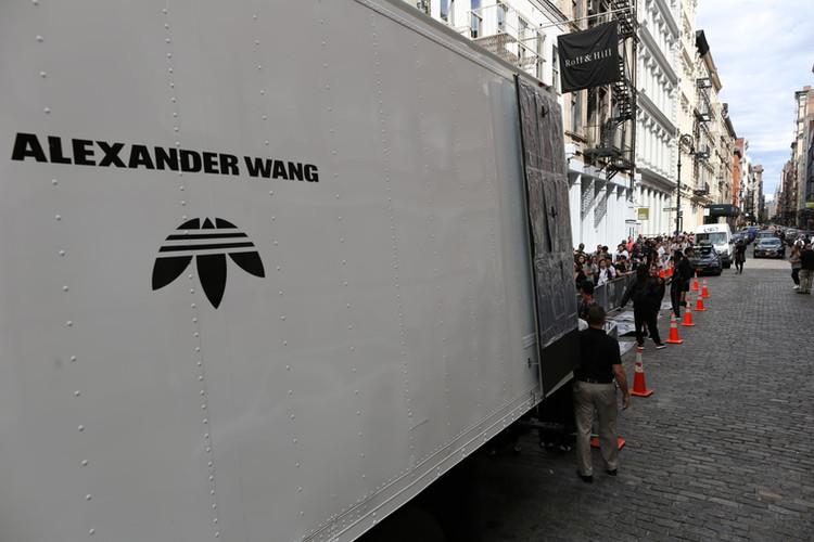 adidas-originals-by-alexander-wang-pop-u