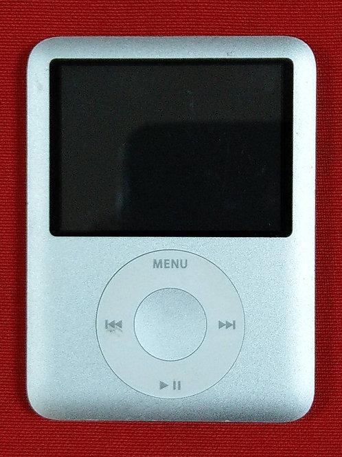 Apple iPod Nano 3 Silver MA978 4Gb
