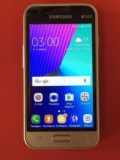 SAMSUNG Galaxy J1 Mini SM-J105F