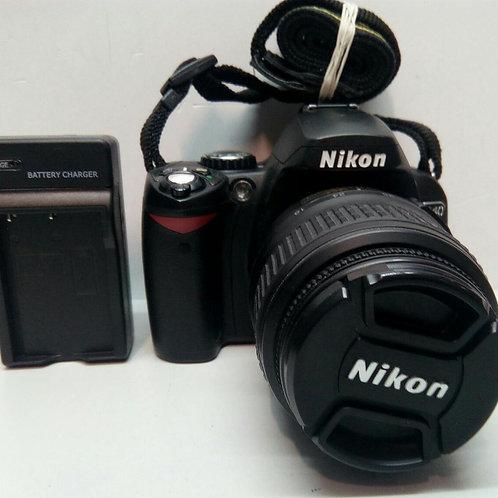 Nikon D40 Kit 18-55