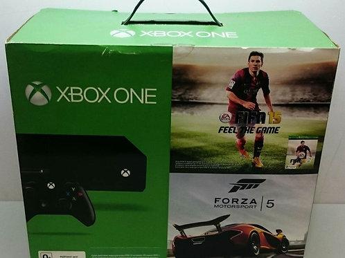 Xbox One 500Gb/ 2 Джойстика/ Игра