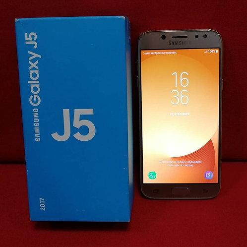 SAMSUNG Galaxy J5 (2017) J530FM 16Гб Gold Комплект
