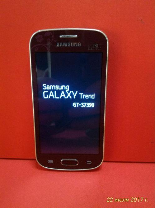 Samsung Galaxy Trend La Fleur GT-S7390 (красный)