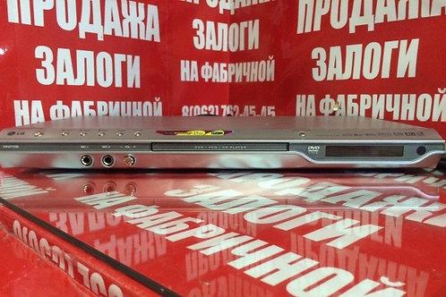 DVD-плеер LG DK-477 XB