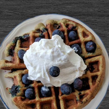 THE BEST EVER KETO BLUEBERRY WAFFLES.
