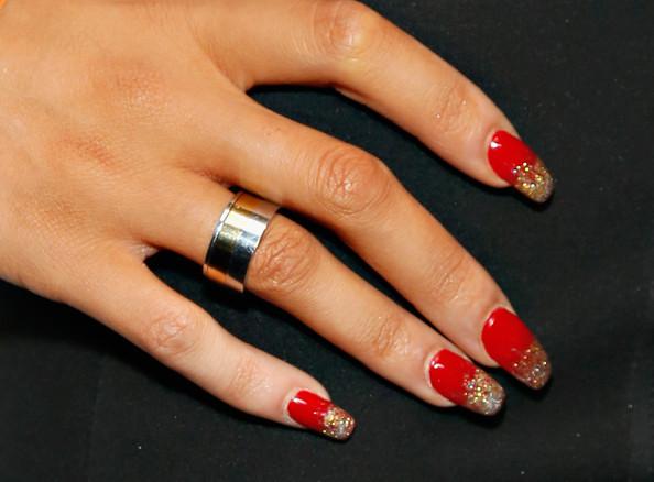 Bridget+Kelly+Nails+Nail+Art+YUJ_yQoErMil.jpg