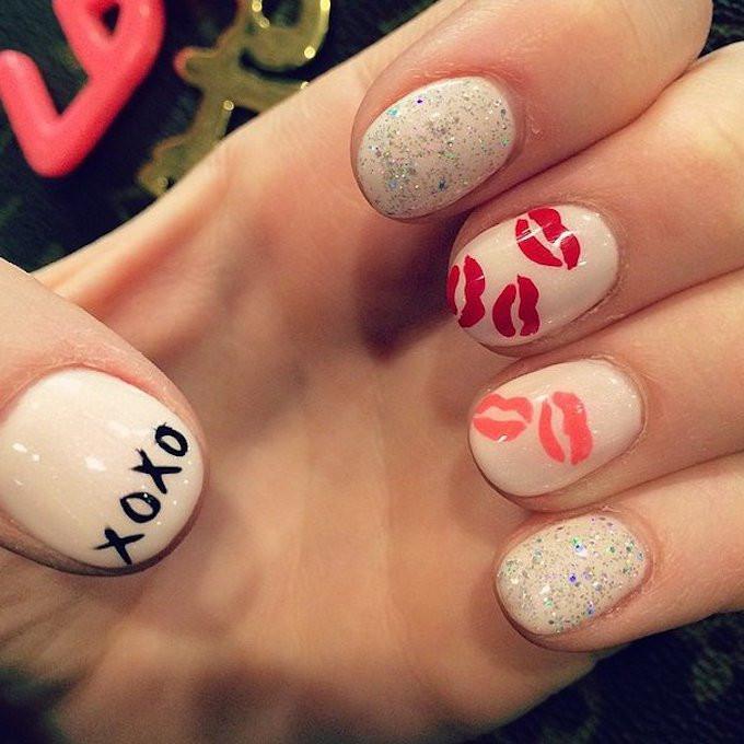 Best-Valentine-Day-Nail-Art-Instagram-31.jpg