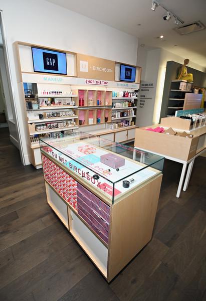 Gap+Birchbox+Summer+Beauty+Shop+Launch+-IqmuOZGlAll.jpg