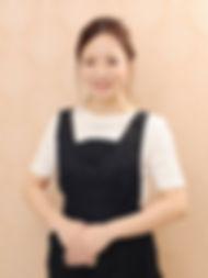 黒﨑麻衣.jpg