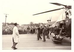 Photo 04- JFK Deboarding Army One