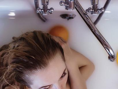 Take a rejuvenating Himalayan Salt bath