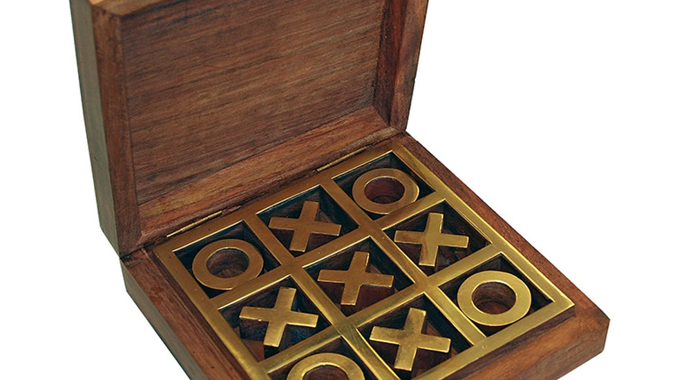 NOUGHTS and CROSSES with wooden box