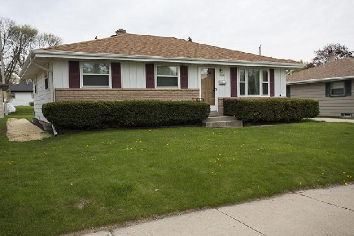 5402 S Nicholson Ave, Cudahy