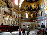 San_Giovanni_interior2.jpg