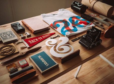 Good Versus Bad Brand Strategy Examples in Small Businesses