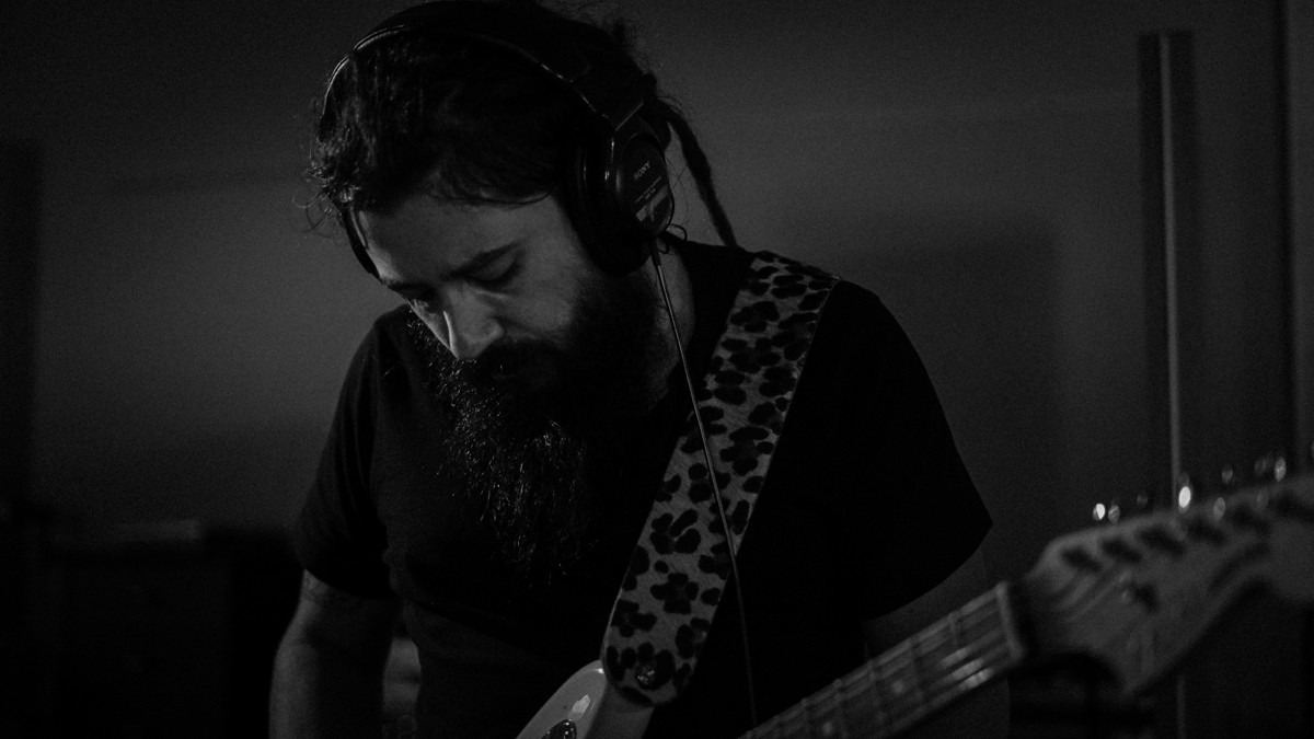Sergio-guitar3.jpg