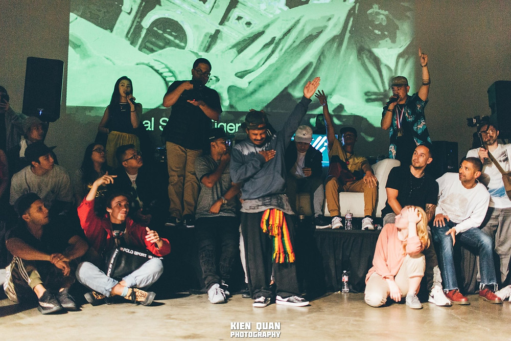 Bboy Remind judging front and center