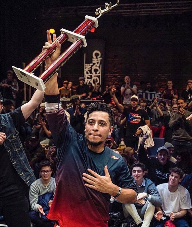 Bboy Roxrite claiming his 100th career wins