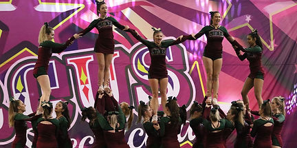 Leicester Panthers Cheer and Stunt