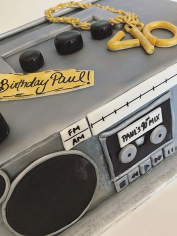 ✨Boombox Cake for Paul's surprise 40th b