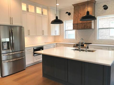 bruns-sp-Kitchen-island.jpg