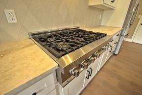 gas cooktop.jpg