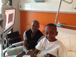 Buba y su padre en el hospital