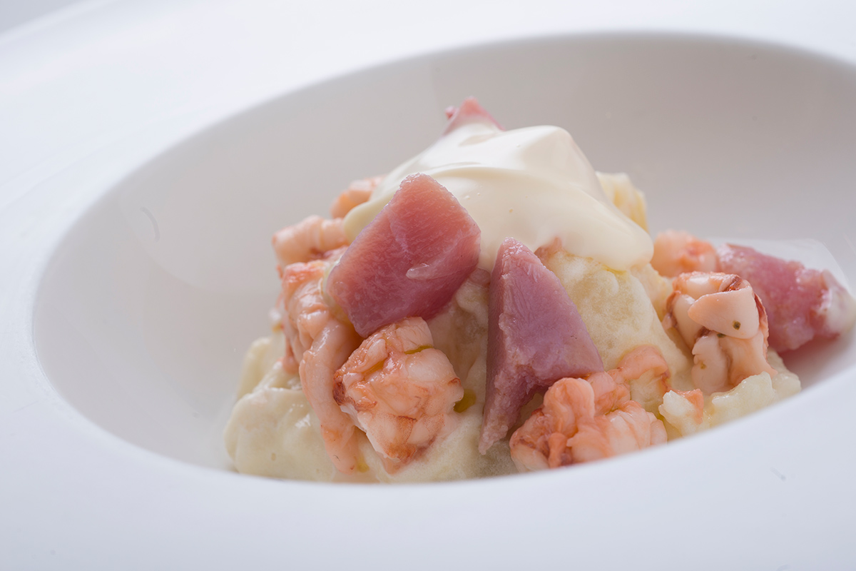 Potato Salad with Prawns and Tuna