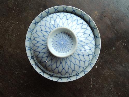 古伊万里網目文蓋茶碗