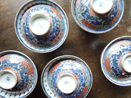 古伊万里色絵宝珠蓋茶碗
