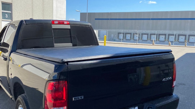 "Tonneau cover tri fold Dodge RAM 09-21 5.8"" bed"