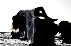 Chen Belachnes - Trush The Dress