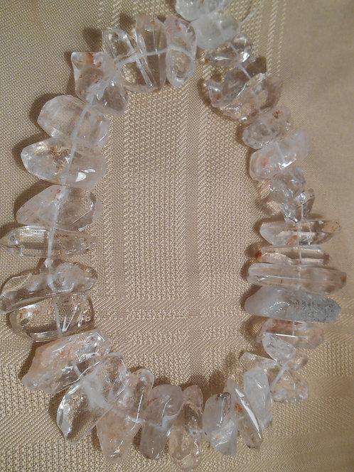 Quartz points bead strand