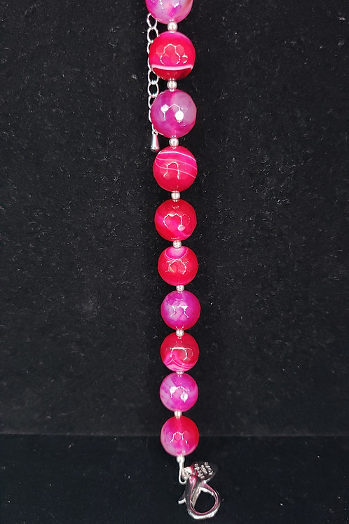 Fuchsia quartz bracelet