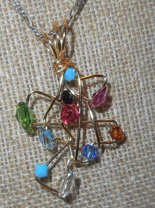 Free style wire wrap pendant with swarovski crystals