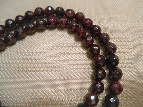 Garnet Faceted round beads