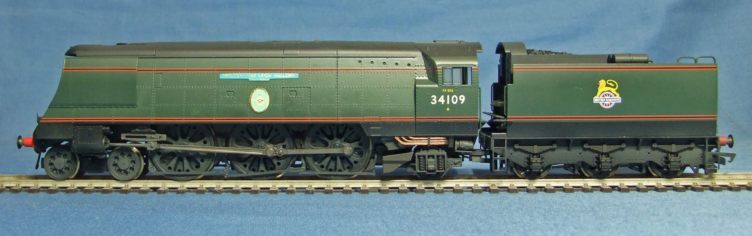 Battle of Britain Class No.34109 - 1