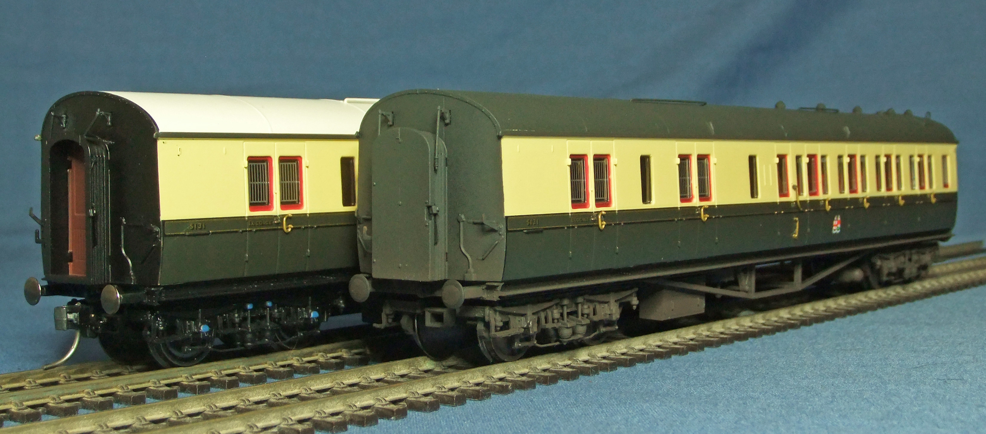 Hornby Collett coach, weathered - 3