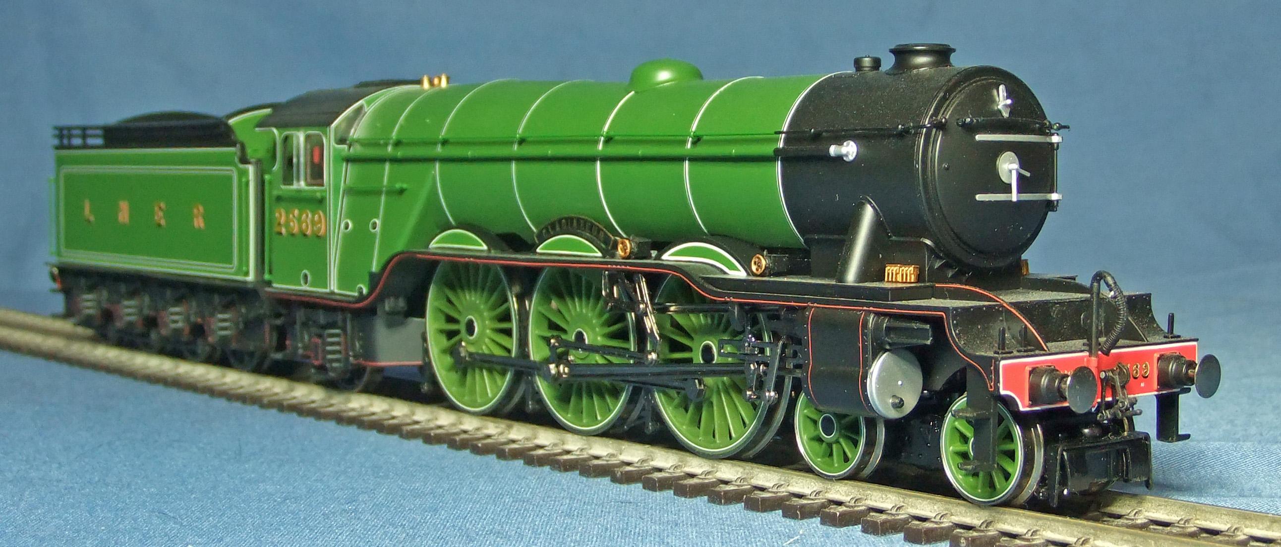 LNER2569-FR-s40