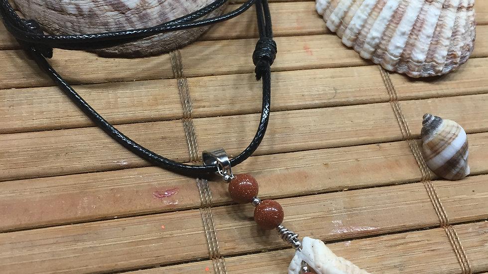 Collier pierre du soleil naturelle et coquillage