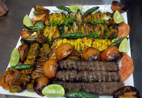 chickens and beef mixed kebab dish