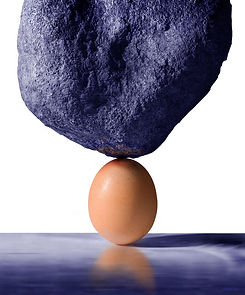 an-egg-supports-the-weight-of-a-large-bo