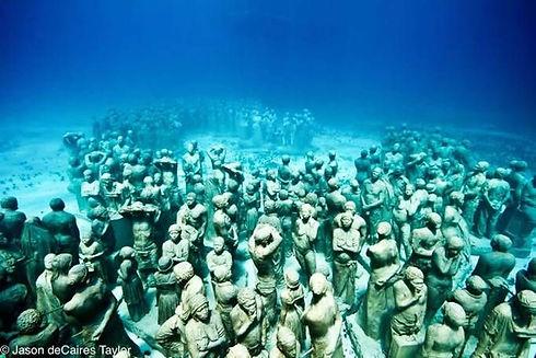 underwater_scuplture.jpg