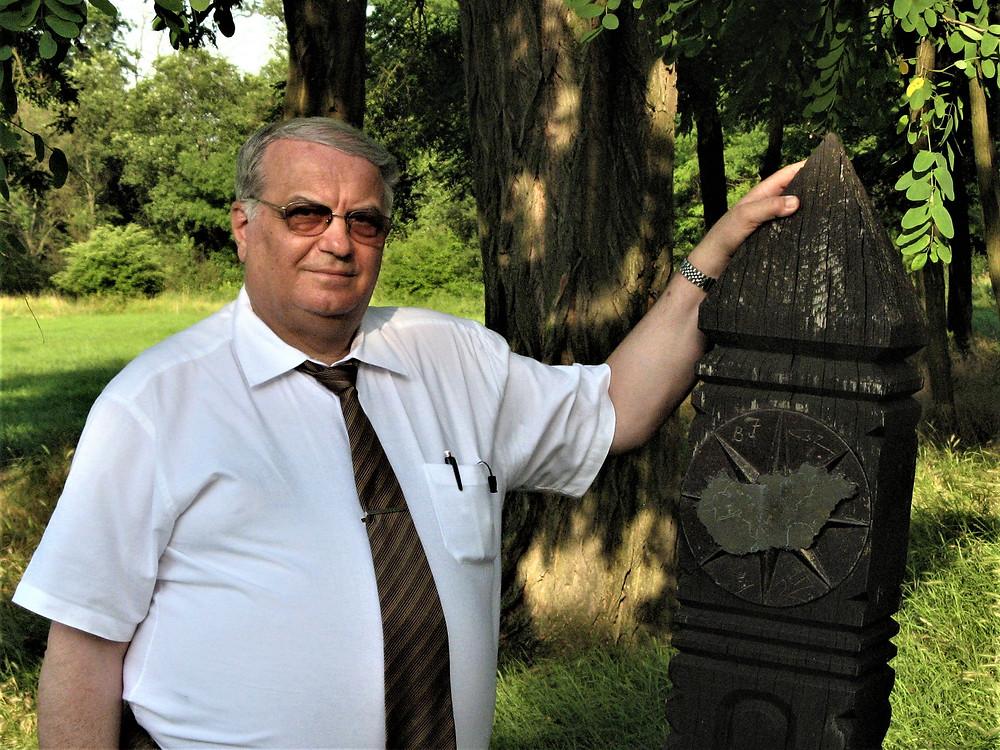 Magyarország mértani közepén, Pusztavacson