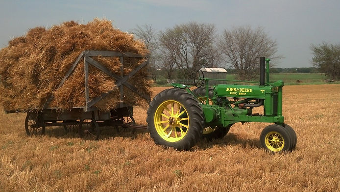Kurts tractor.jpg