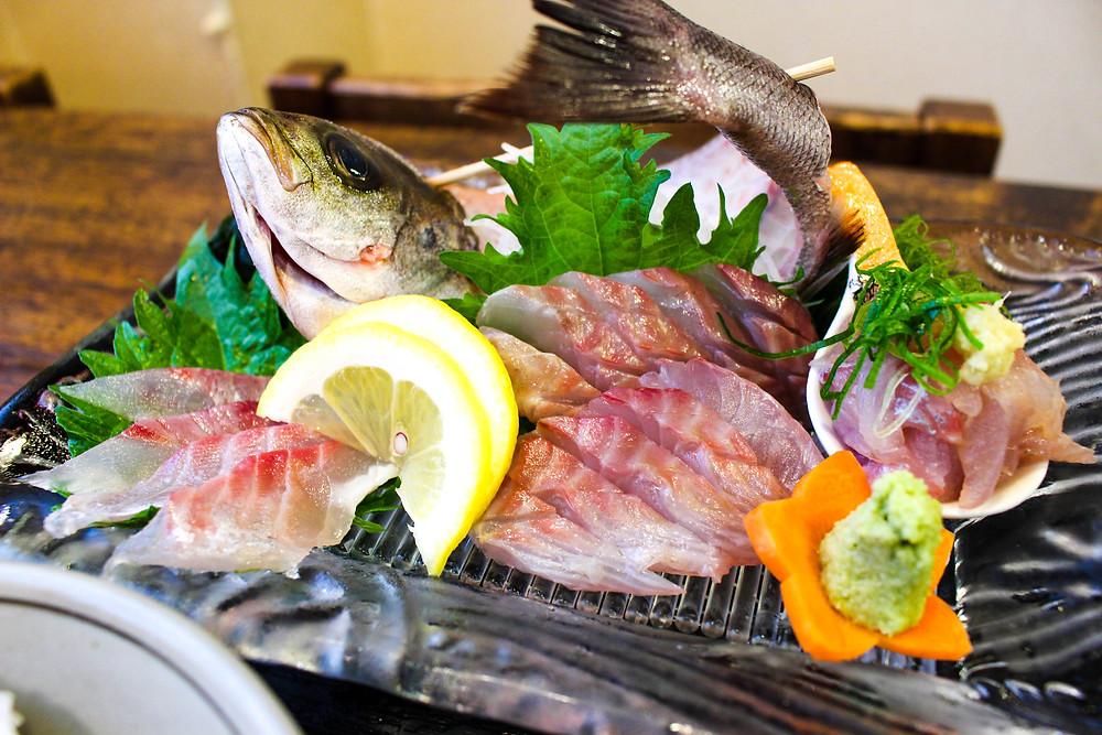 イサキの刺身定食、愛鷹路 伊豆海