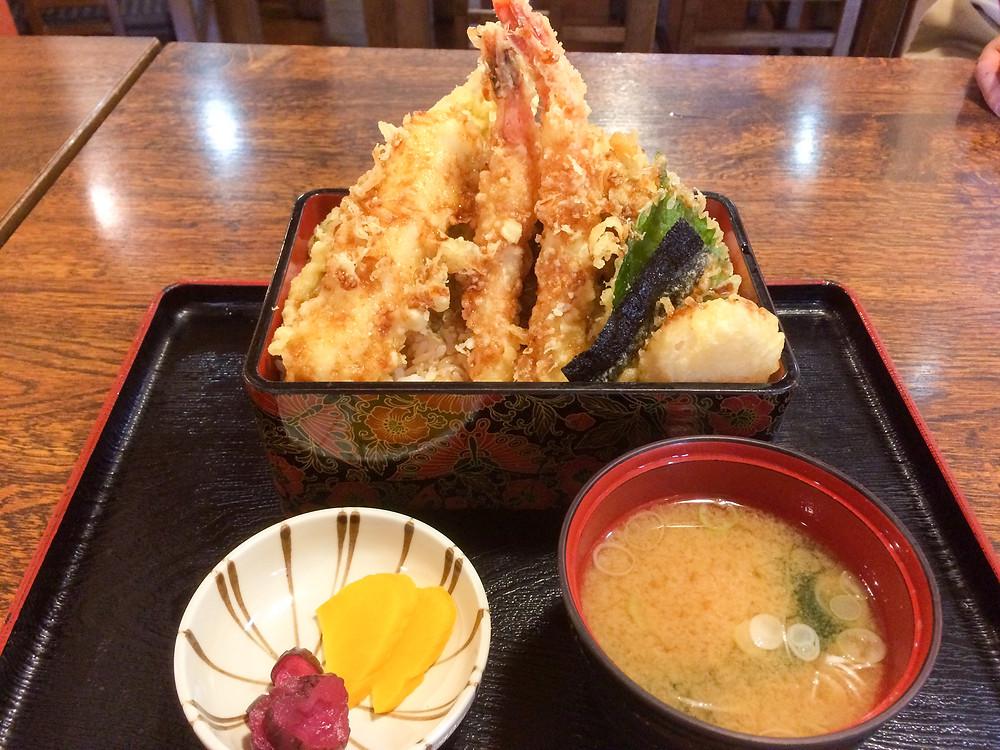 9月平日限定ランチメニュー海鮮天丼