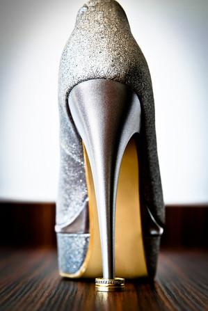 shoes-634530_1280.jpg