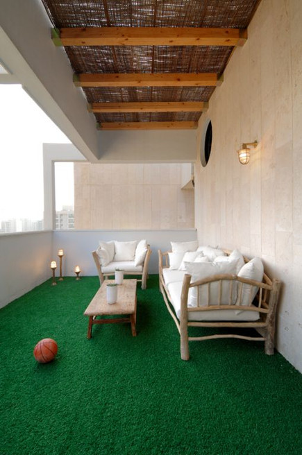 Duplex in Neve Avivim