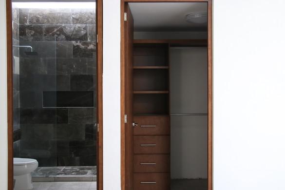 Baño y Closet